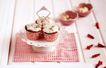 Cupcake Wallpapers 09 2048 x 1331 340x220