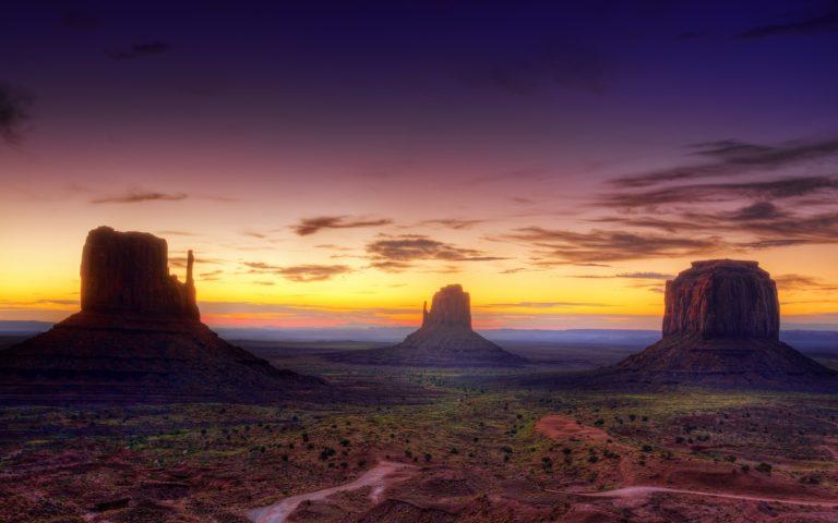 Desert Field 2560 x 1600 768x480
