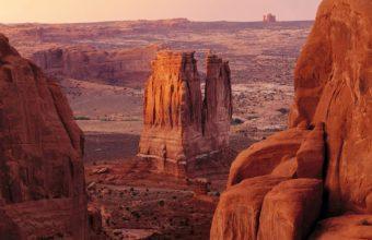 Desert Rock Stone 1920 x 1200 340x220