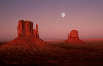 Deserts Utah Monument Valley Moonrise 1920 x 1080 340x220
