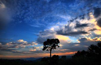 Dramatic Sky 2560 x 1600 340x220