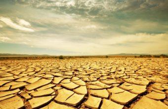 Drought Land 2560 x 1600 340x220