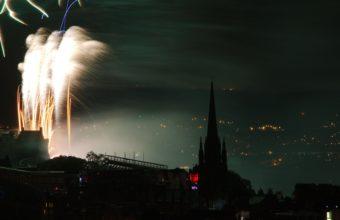 Fireworks Backgrounds 20 3840 x 2160 340x220