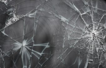 Glass Cracks Grain 3888 x 2592 340x220