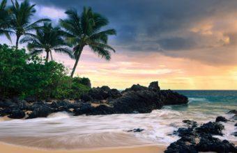 Hawaii Secret Beache 1920 x 1200 340x220