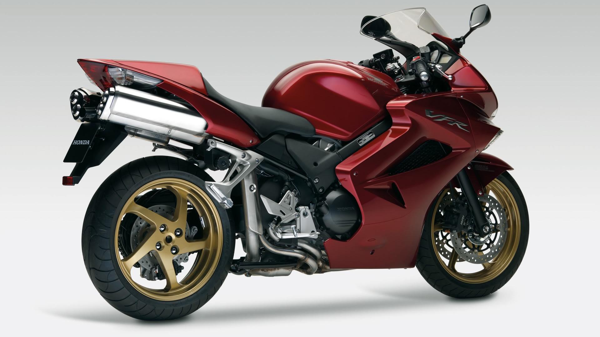 спортивный мотоцикл Honda  № 3935562 загрузить