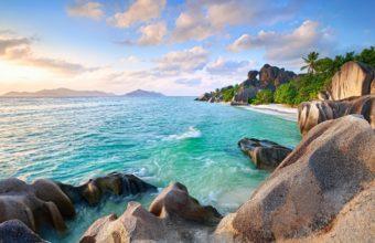 Island Summer Sky Wallpaper 2560x1600 340x220