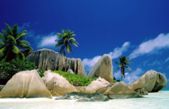 La Digue Islands 1600 x 1200 340x220