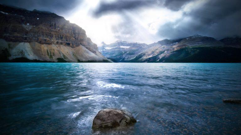 Lake In Big Mountains 1920 x 1080 768x432