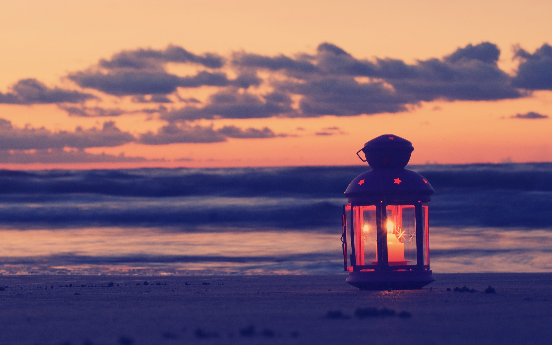 lamp candle beach sand sea evening - [1920 x 1200]