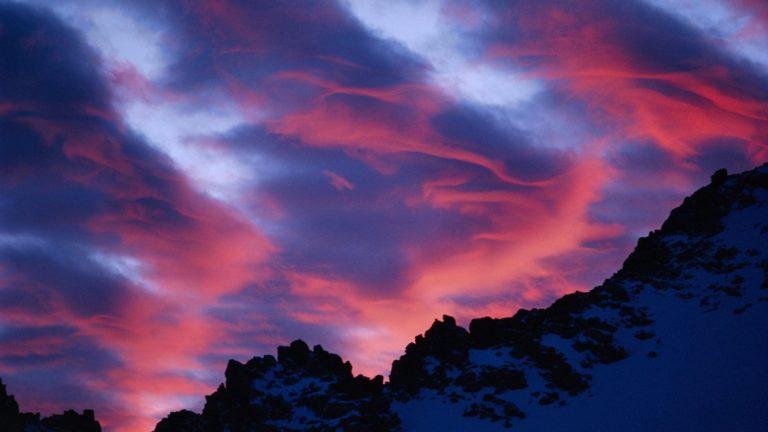 Lenticular Clouds Over Sierra Nevadas 1920 x 1080 768x432