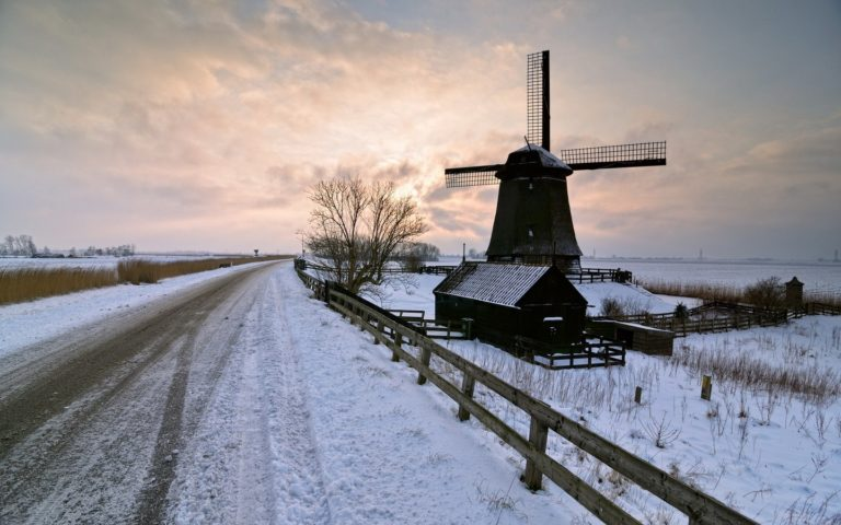 Mill Winter Road 1440 x 900 768x480