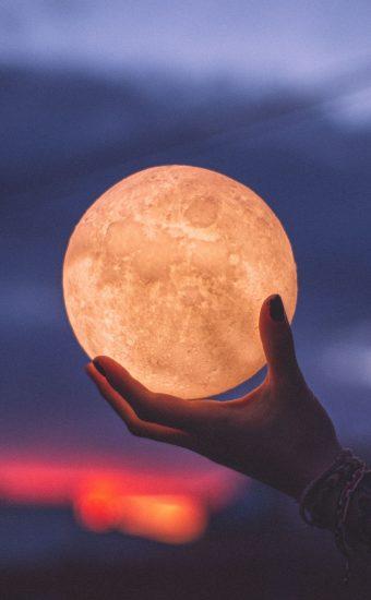 Moon Phone Wallpaper 1440x2560 004 340x550