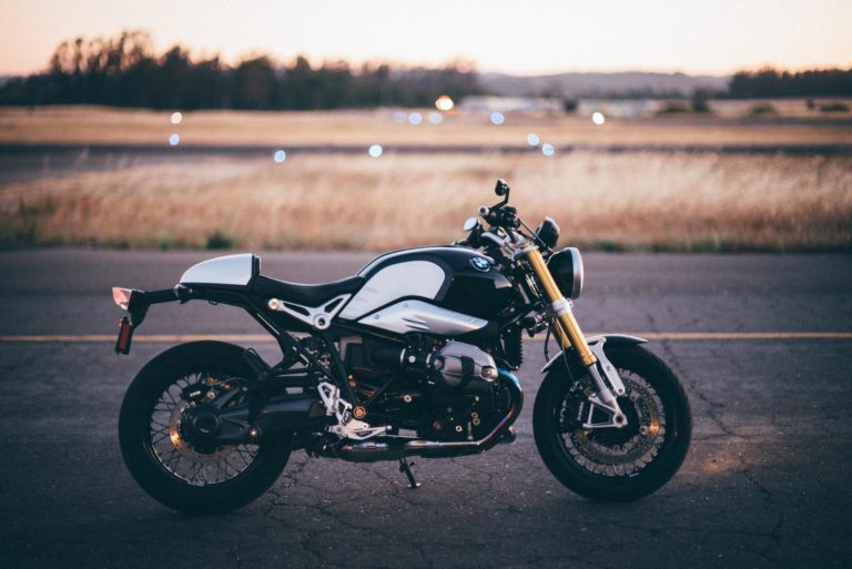 Motorbike Wallpapers 13 5976 x 3992 768x513