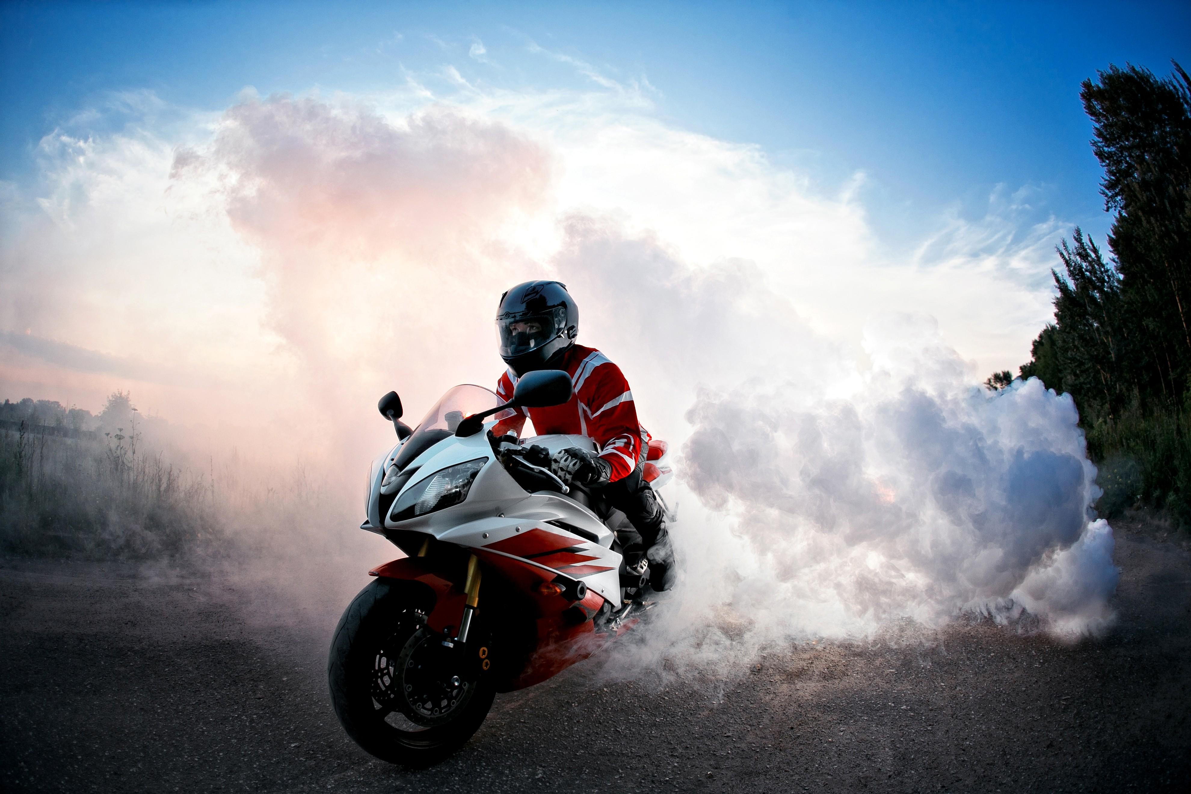 motorbike wallpapers 15 - [3960 x 2640]