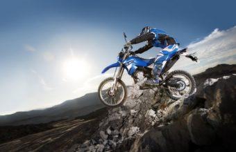Motorbike Wallpapers 19 1728 x 1080 340x220