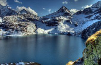 Mountain Lake Peaks 1440 x 900 340x220