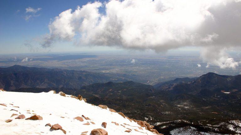 Mountains View 1920 x 1080 768x432
