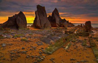Nature Landscapes Beaches Stone 1920 x 1200 340x220
