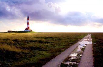 Near Lighthouse 1680 x 1050 340x220