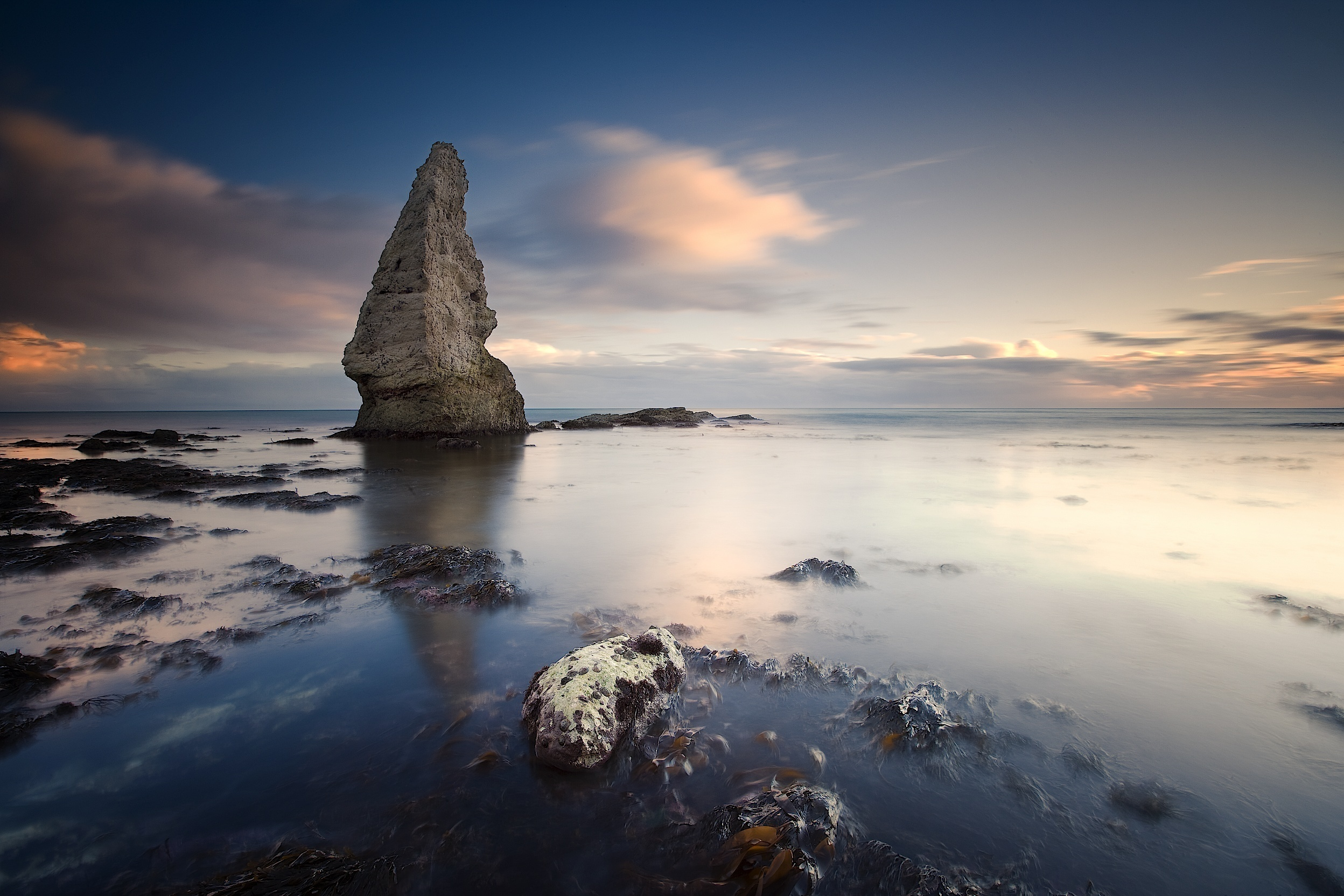камни небо море  № 1491433 без смс