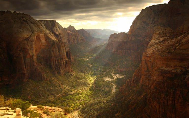 Ravine Sunlight Landscape Rocks 1920 x 1200 768x480