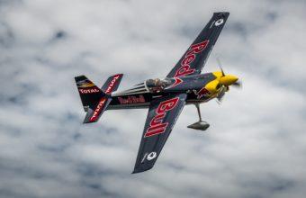 Red Bull AIR RACE Airplane Plane 2824 X 1879 340x220
