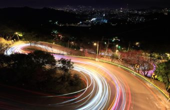 Road Traffic Night 1920 x 1200 340x220