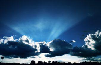 Sky Light 1680 x 1050 340x220
