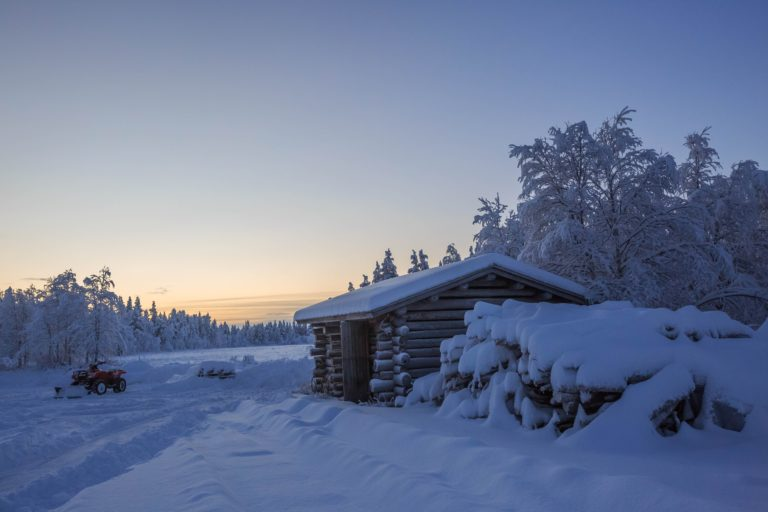Snowfall Wallpapers 09 5760 x 3840 768x512