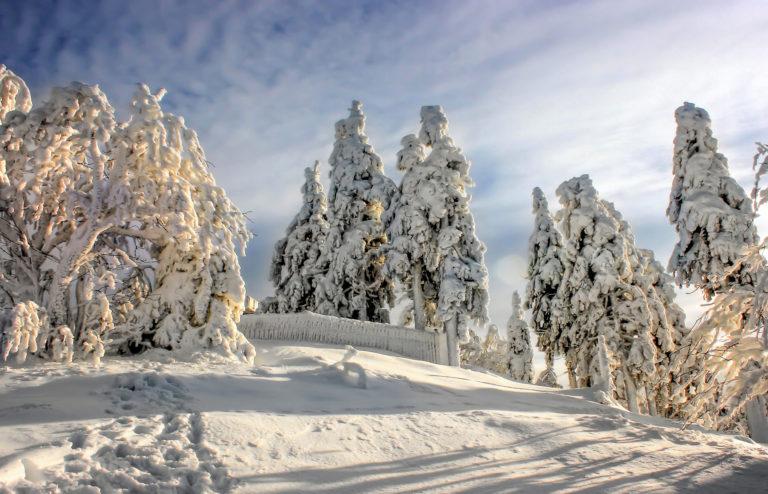 Snowfall Wallpapers 11 2048 x 1317 768x494