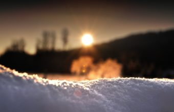 Sunrise Behind The Snow 2560 x 1600 340x220
