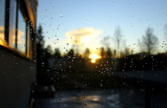 Sunset Nature Rain Bokeh Window Panes 1920 x 1200 340x220