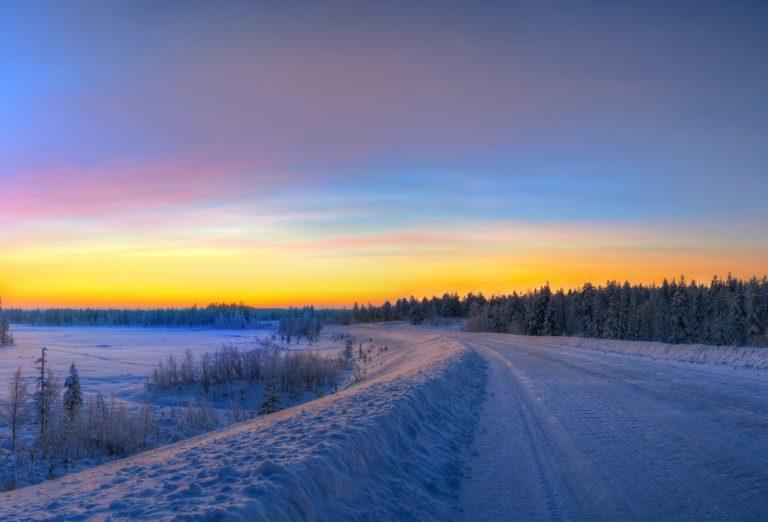 Sunset Winter Road 2525 x 1716 768x522