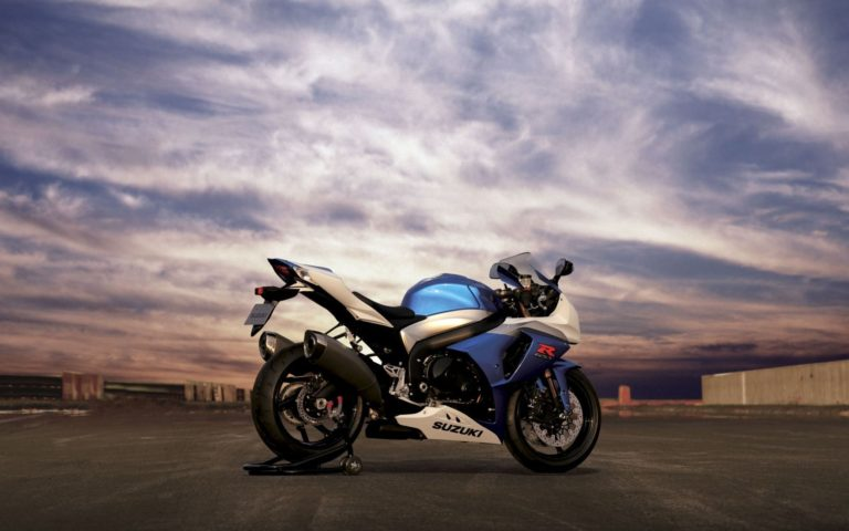 Suzuki Bike Wallpapers 14 1920 x 1200 768x480