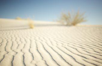 White Desert 2560 x 1600 340x220