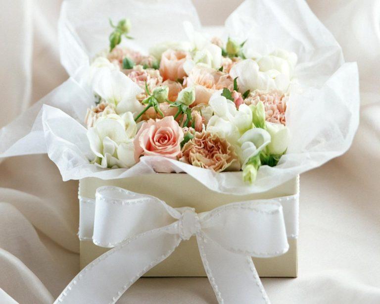 White Rose Flowers 1280 x 1024 768x614