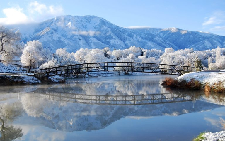 Winter Bridge Landscape 2560 x 1600 768x480