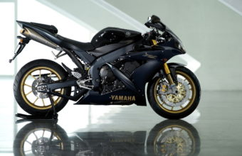 Yamaha Bike Wallpapers 06 2560 x 1600 340x220