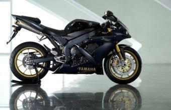 Yamaha Bike Wallpapers 06 2560 x 1600 340x220