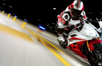Yamaha Bike Wallpapers 10 2560 x 1920 340x220