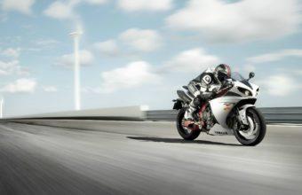 Yamaha Bike Wallpapers 28 2560 x 1600 340x220