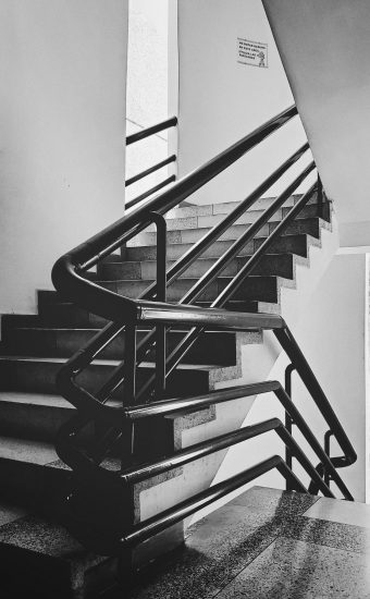 Black and White Wallpaper 1440x2560 28 340x550