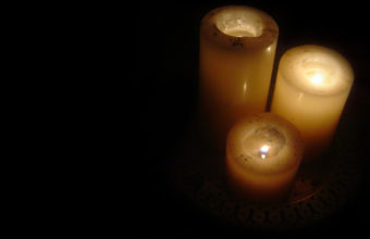Candle Background 06 1280x1024 340x220
