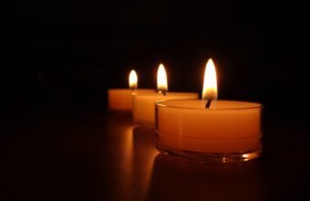 Candle Background 25 3840x2160 340x220