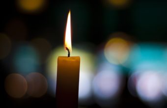 Candle Wallpaper 04 2560x1600 340x220