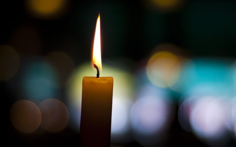 Candle Wallpaper 04 2560x1600 768x480
