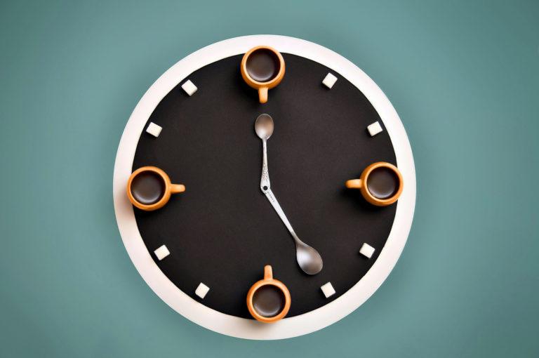 Clock Wallpaper 14 2000x1328 768x510