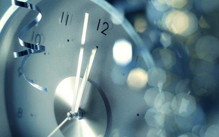 Clock Wallpaper 20 2560x1600 768x480