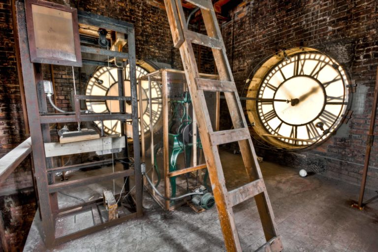 Clock Wallpaper 25 5184x3456 768x512